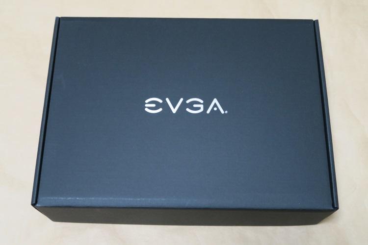 EVGA GeForce GTX 1070 FTW GAMING ACX 3.0の内箱