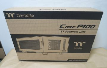 Thermaltake Core P100のパッケージ