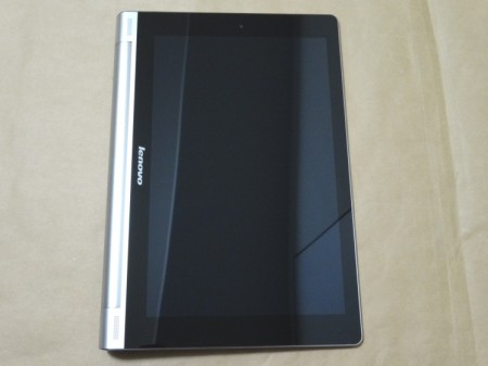 YOGA TABLET 10の表側