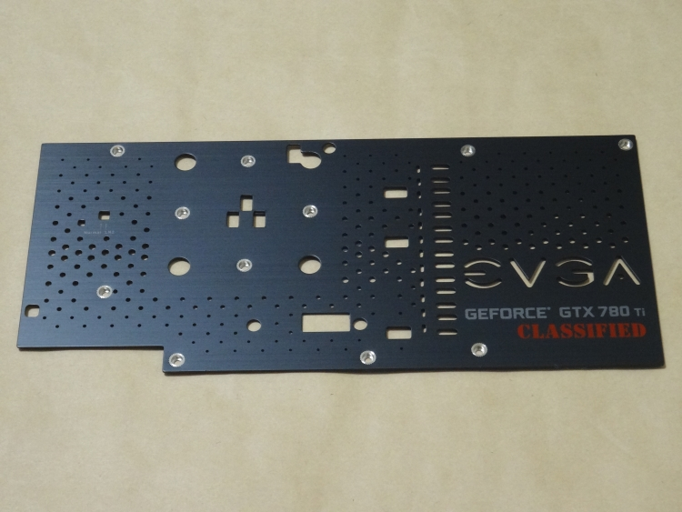 EVGA GTX 780 Ti Classified Back Plate Cooling外側
