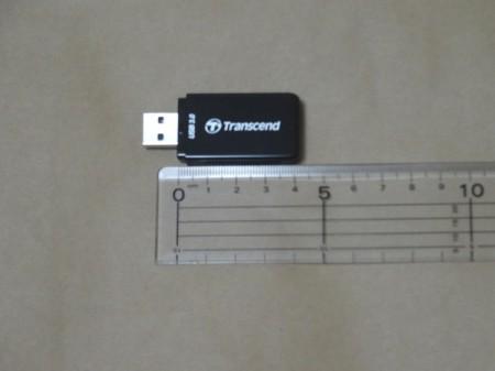 Transcend TS-RDF5Kの奥行(コネクタを除く)