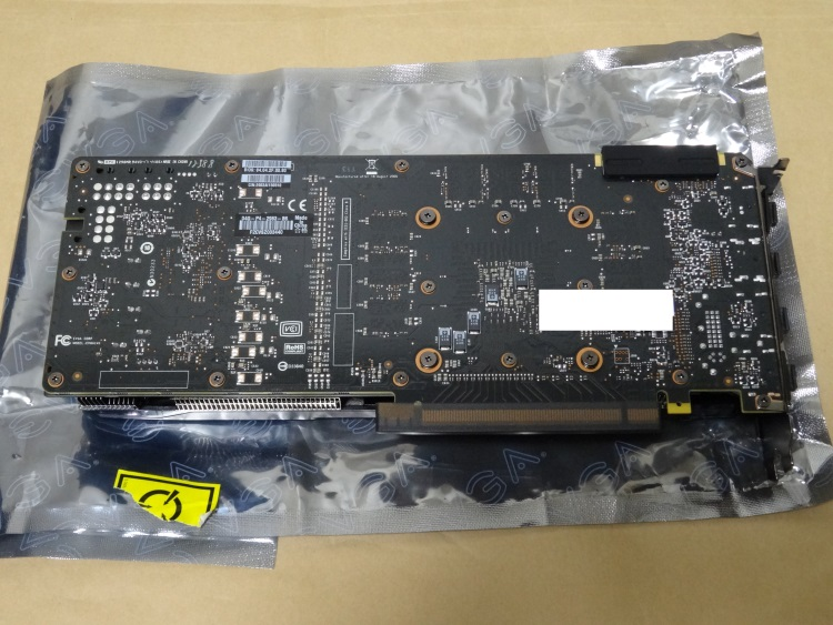 EVGA GeForce GTX 980 Superclocked ACX 2.0本体(裏側)