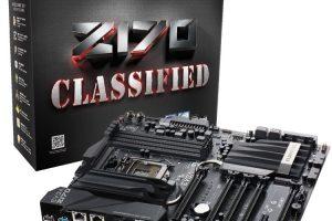 EVGA Z170 Classified 4-Way本体とパッケージ