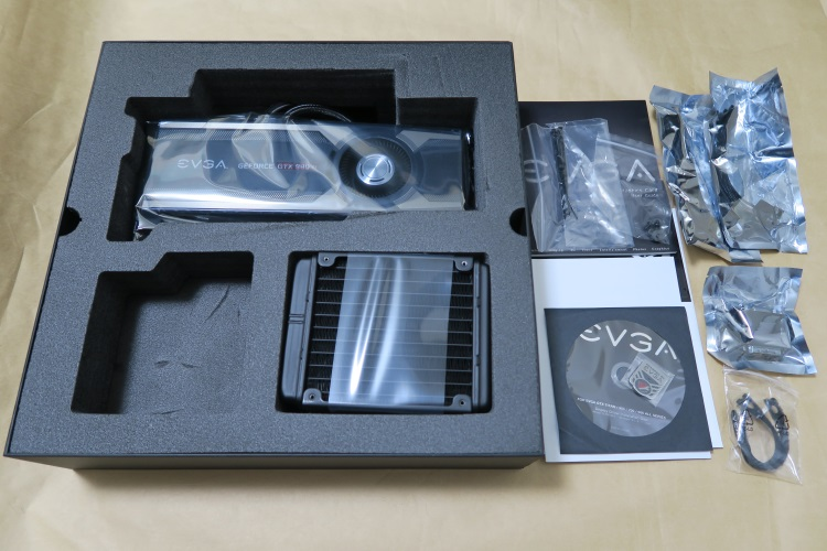EVGA GeForce GTX 980 Ti HYBRID GAMINGの製品内容