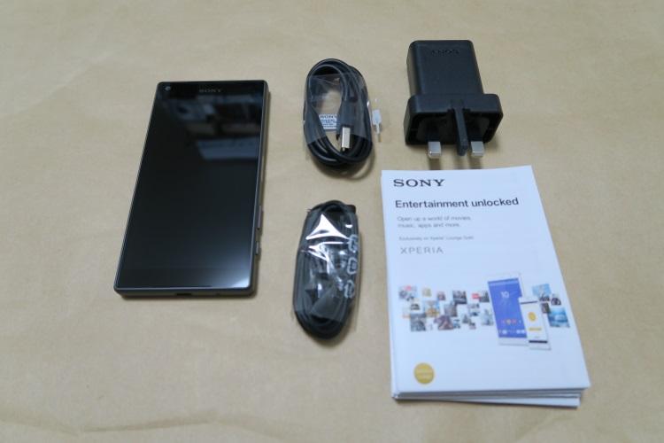 Sony Xperia Z5 Compact E5823の製品内容