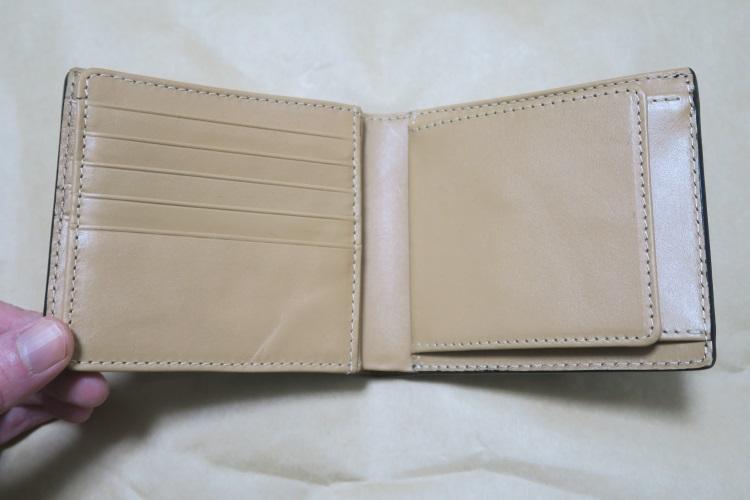 Raffaelloの財布 ブライドルレザーの内側2