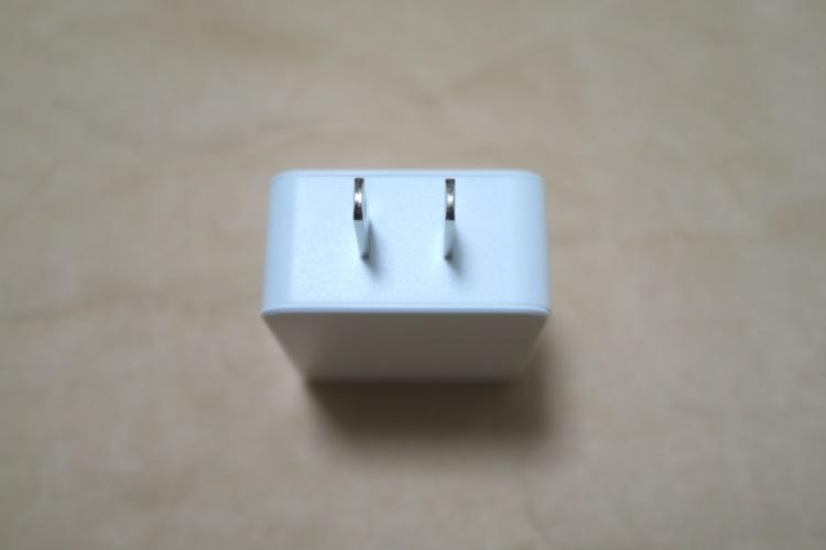 dodocool USB高速充電器(DA56)の本体プラグ部分