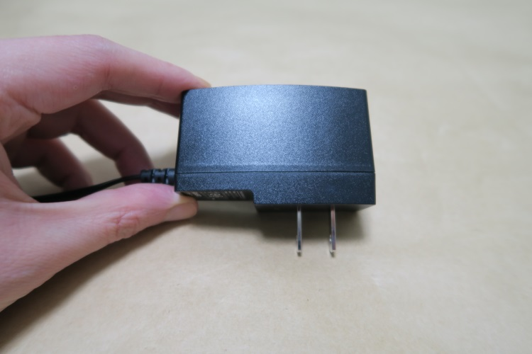 TP-Link Archer C20のACアダプター