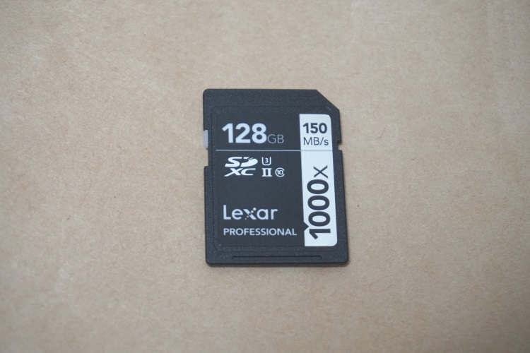 Lexar Professional 1000x LSD128CRBJPR1000 カード本体