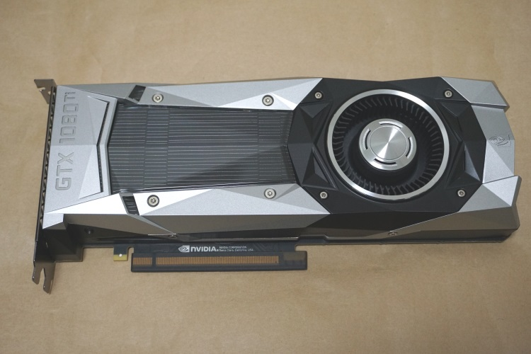 EVGA GeForce GTX 1080 Ti FOUNDERS EDITION本体
