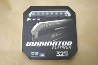 CORSAIR CMD32GX4M2B3000C15のパッケージ