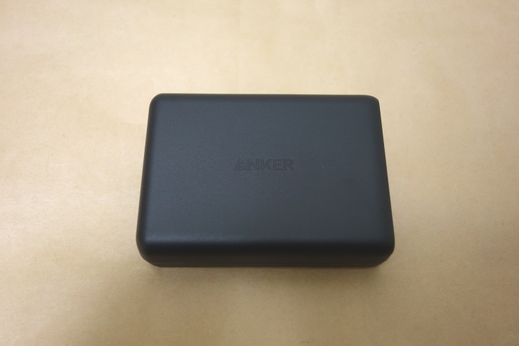 Anker PowerPort Speed 5本体側面
