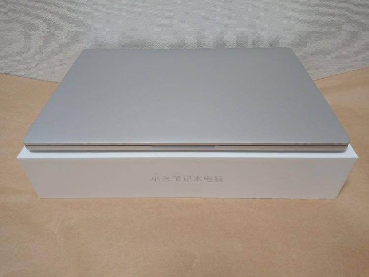 Xiaomi Notebook Air 13.3 指紋認証対応モデルの本体前面