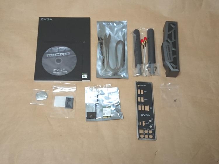 EVGA X299 Microの付属品