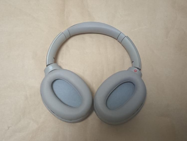 SONY WH-1000XM2本体(耳当て内側)