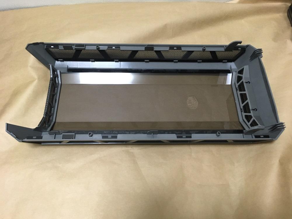 クーラーマスター MasterCase H500Pのフロントパネル