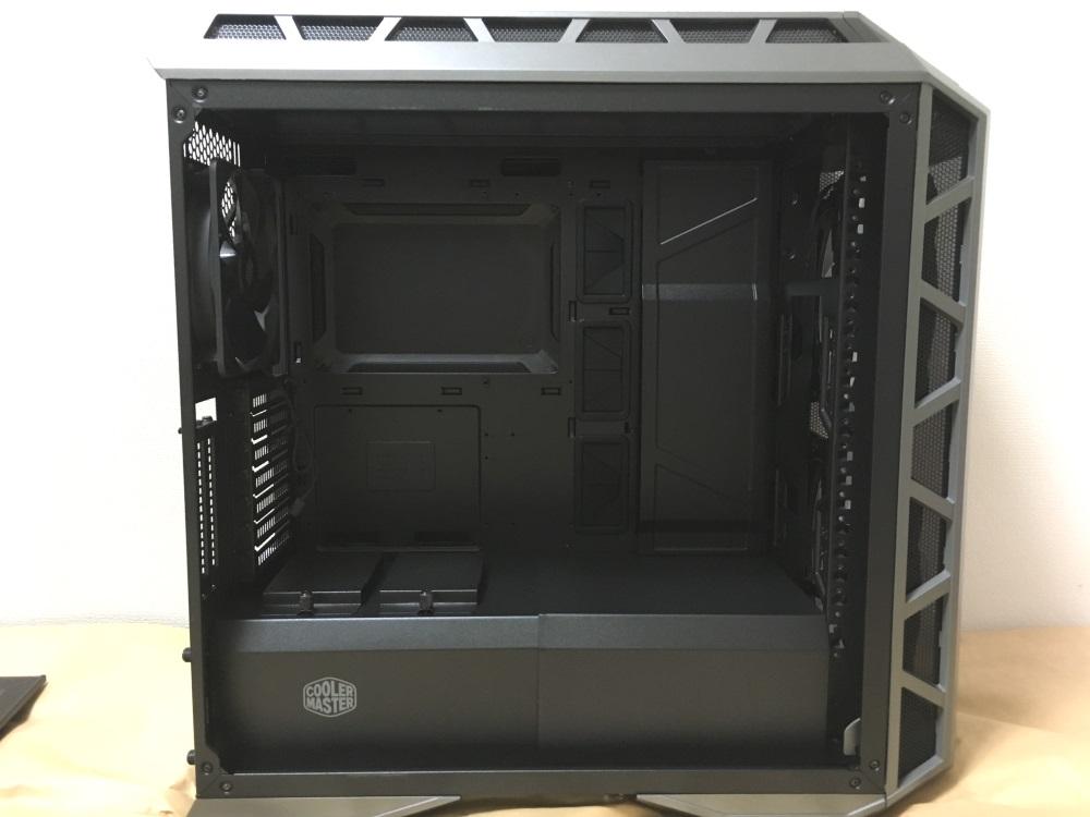 クーラーマスター MasterCase H500Pのケース内部