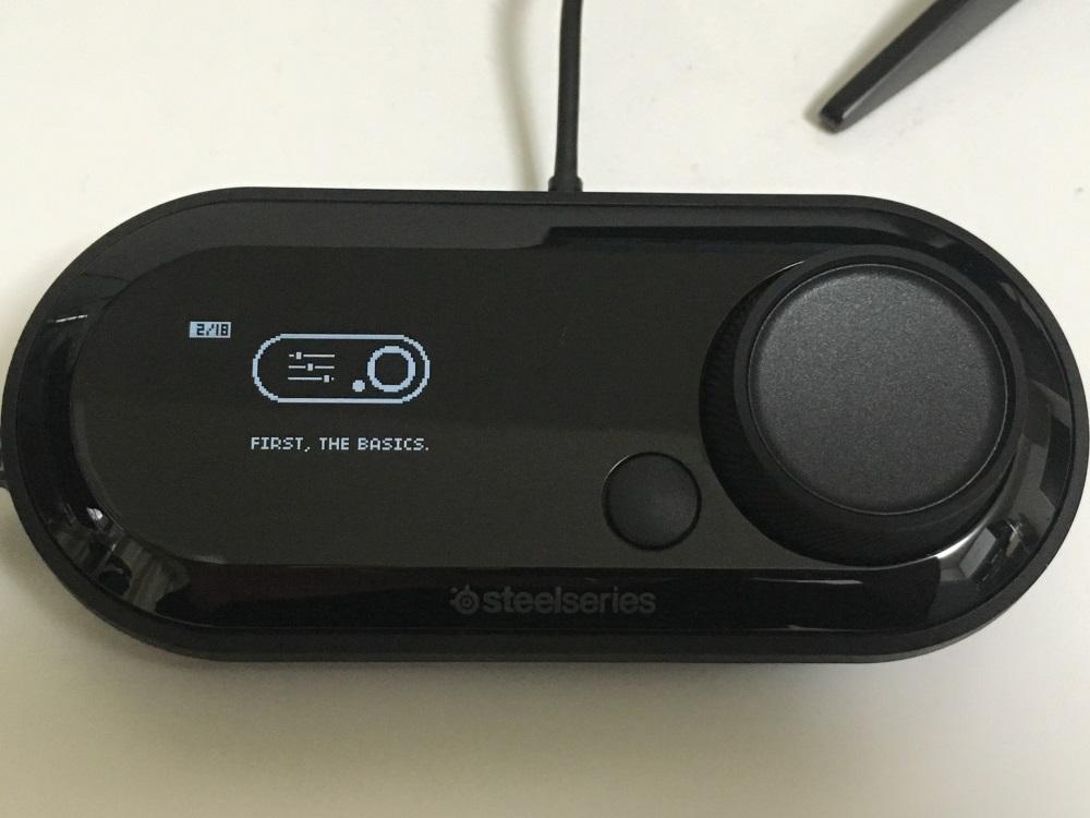 SteelSeries GameDACを接続しチュートリアルを表示した様子