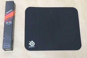 SteelSeries QcK miniのパッケージとマウスパッド本体