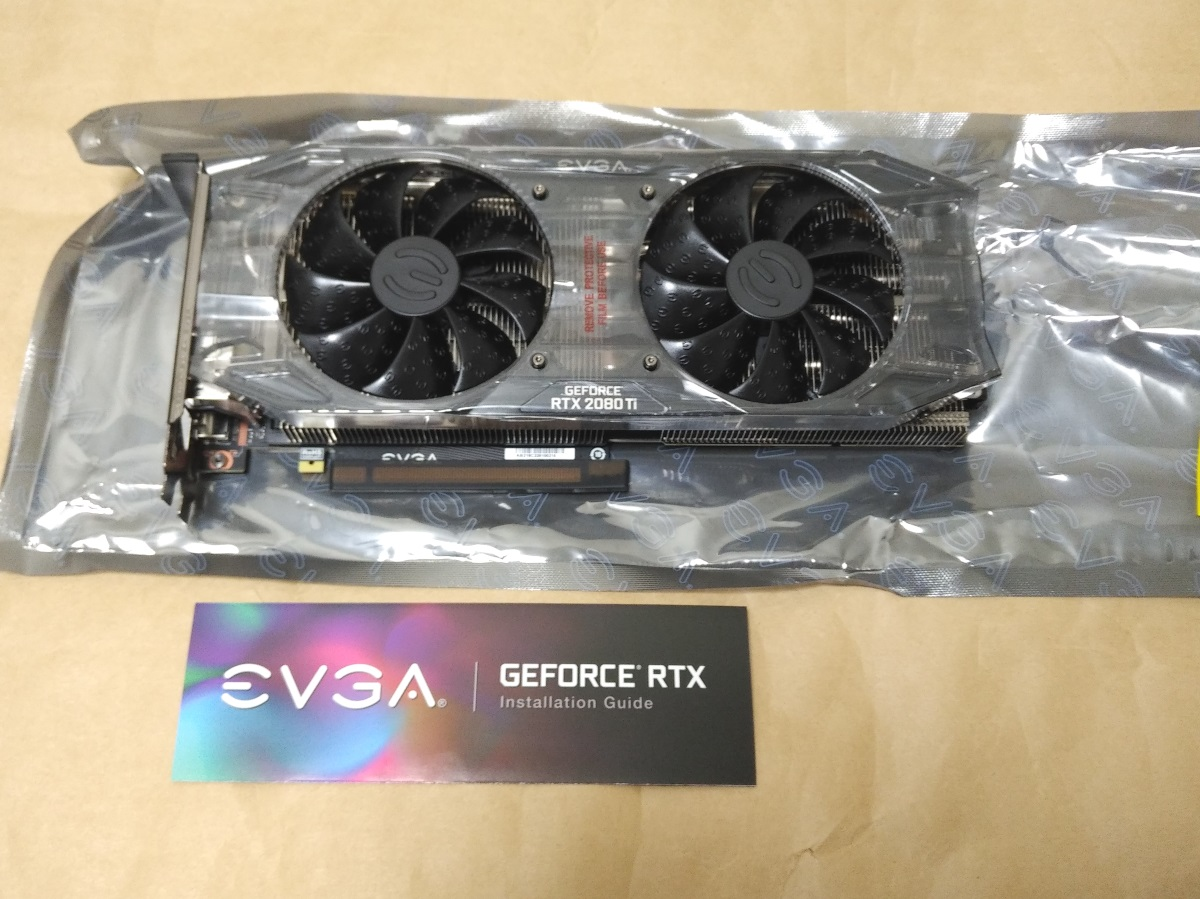 EVGA GeForce RTX 2080 Ti BLACK EDITIONの製品内容(付属品)