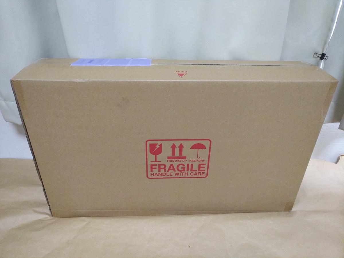 Pixio PX7 Primeの外箱