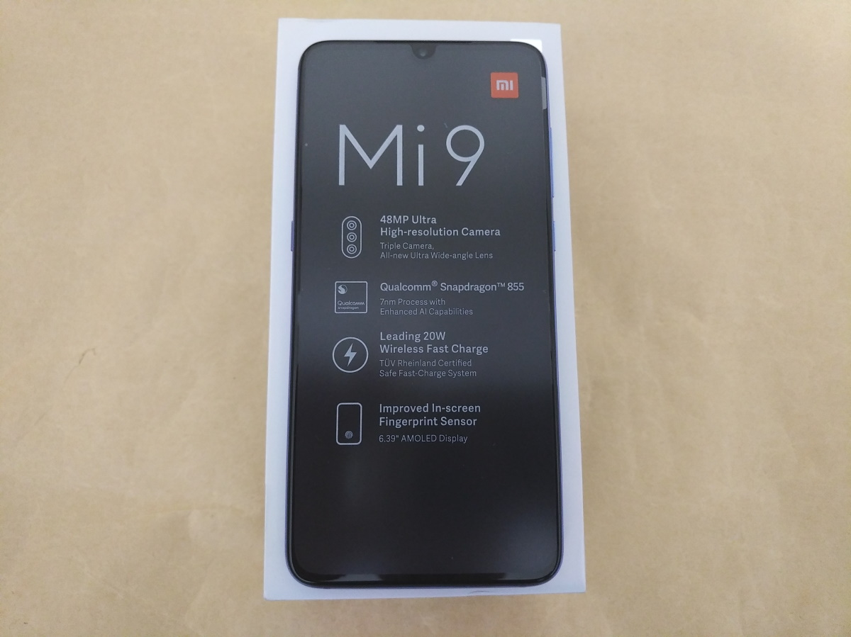 Xiaomi Mi 9本体正面