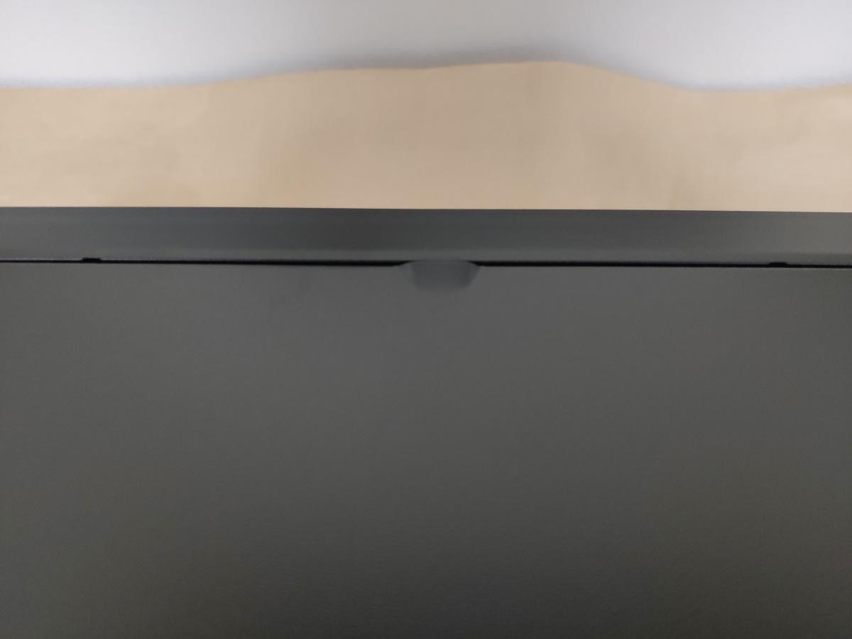 クーラーマスター MasterBox Q500L右サイドパネルにあるツメ