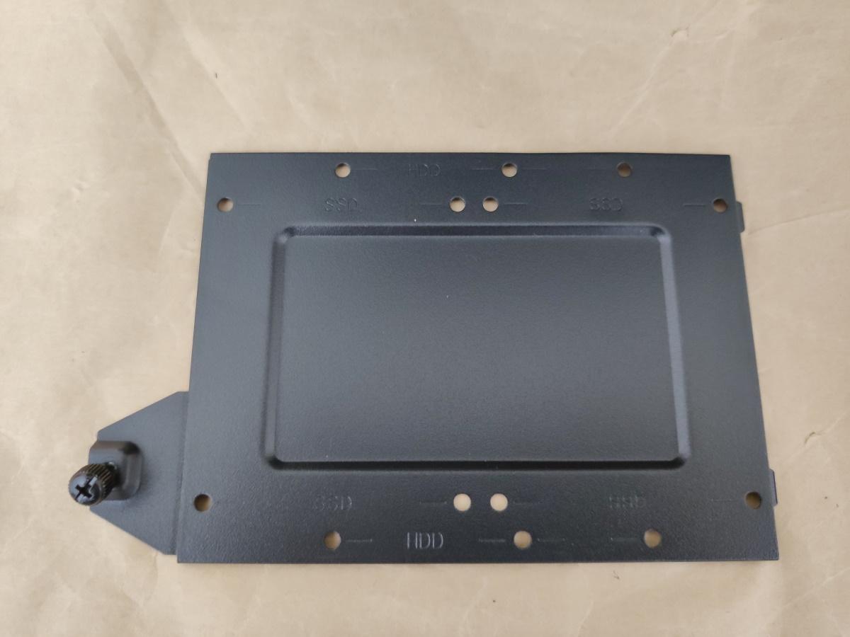 クーラーマスター MasterBox Q500Lの2.5/3.5インチ共用ベイ単体