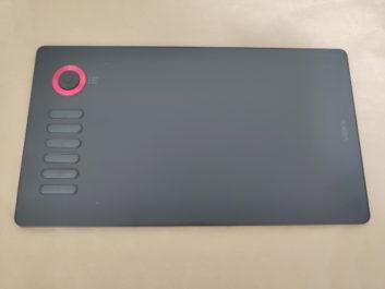 VEIKK A15proのレビュー!拡大縮小ホイール付きのペンタブレット