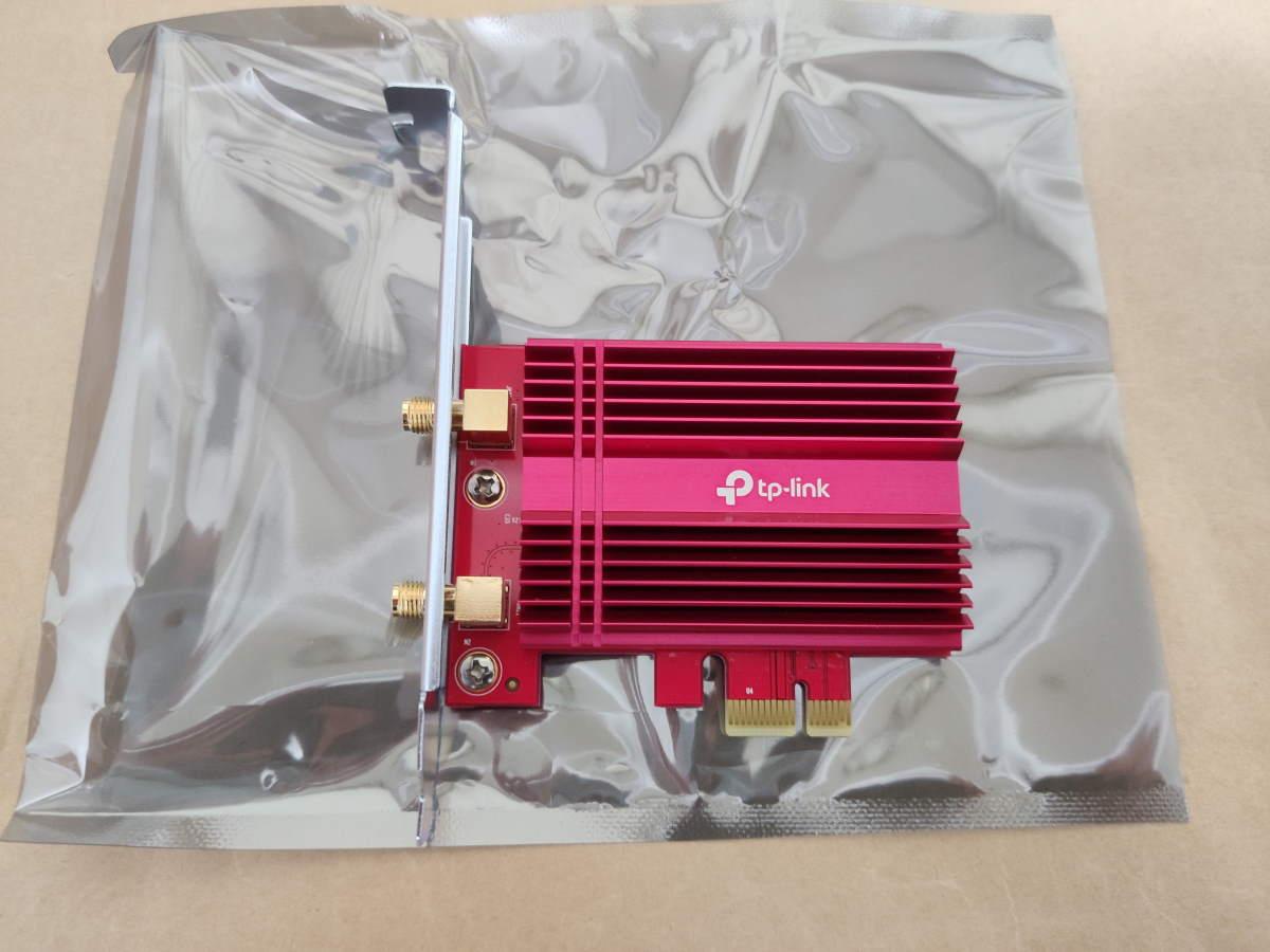 TP-Link Archer TX3000Eのカード本体表側