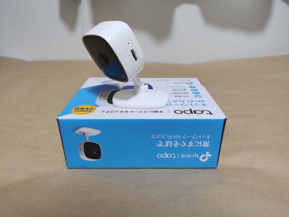 TP-Link Tapo C100のカメラを左斜め前に向けた様子