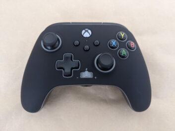 PowerA製Xboxコントローラーのレビュー!トリガーロックや背面ボタン付きはいいぞ