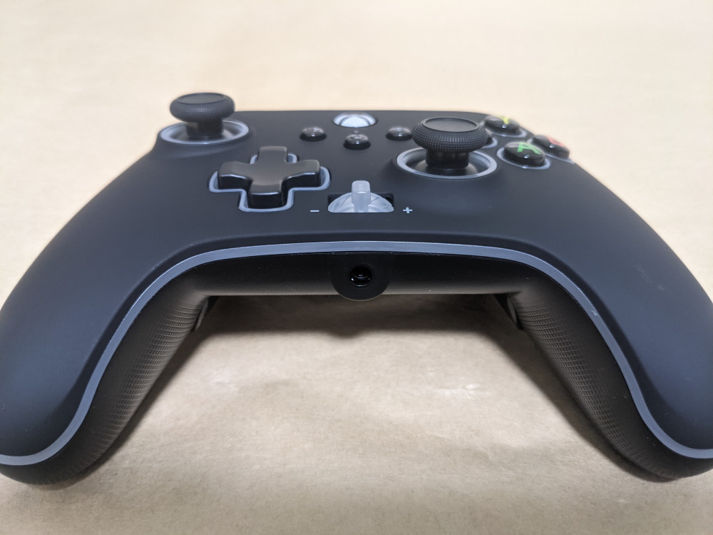 PowerA Spectra Infinity Enhanced Wired Controller本体底面の様子