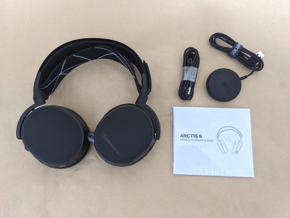 SteelSeries Arctis 9 Wirelessの付属品一覧